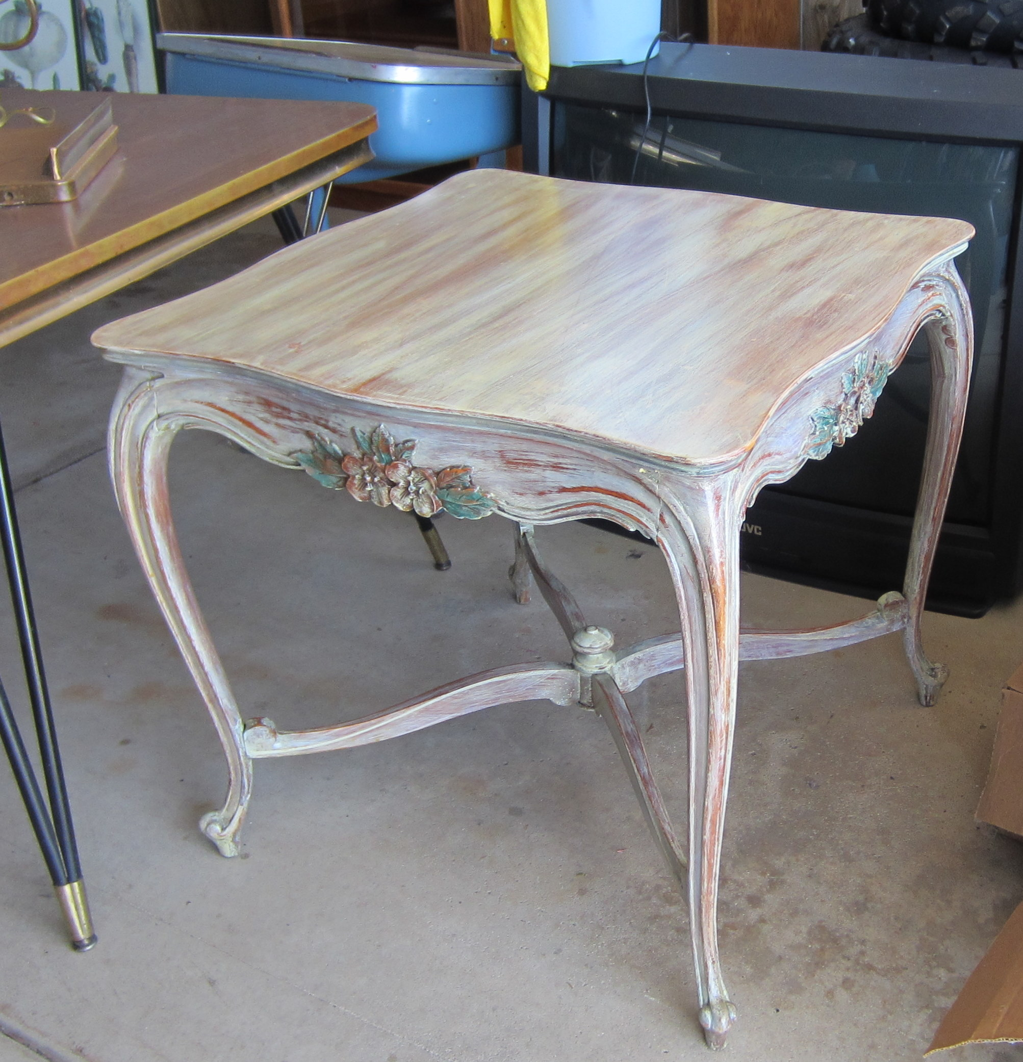 Whitewash Old Furniture To Give It A New Life