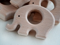 Reasons to Choose a Wood Teether For Your Baby